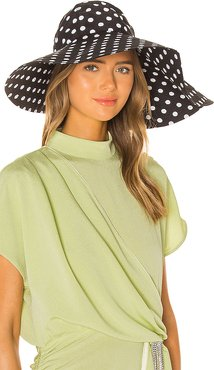 Floppy Hat in Black. - size S (also in M)