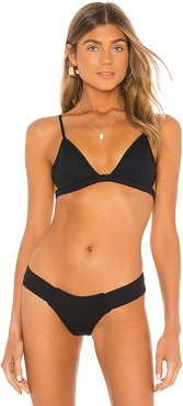 Hunter Triangle Bikini Top in Black. - size M (also in XS,S)