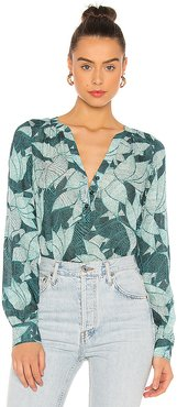 Fiore Blouse in Green. - size L (also in M,S,XS)