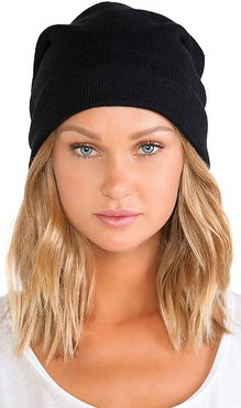 Fleece Lined Barca Slouchy Hat in Black.