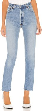 Levis High Rise in Blue. - size 28 (also in 26,25,27,30,29)