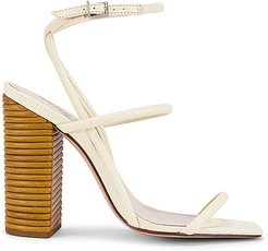 Ambrielle Sandal in Neutral. - size 10 (also in 5.5,6,8.5,9.5)