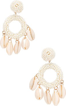 Carmen Shell Hoop Earring in White.
