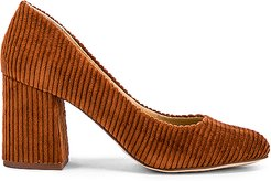 Hector Heel in Brown. - size 8 (also in 10,7.5,8.5)