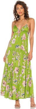 Solstice Trapeze Maxi Dress in Green. - size 6 (also in 10,2,4,8)