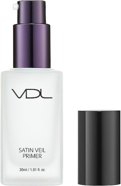 Satin Veil Primer in White.