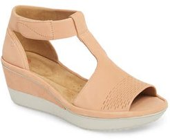 Clarks Wynnmere Avah T-Strap Wedge Sandal, Size 7 M - Coral