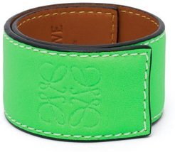 Anagram-debossed Leather Slap Bracelet - Womens - Green