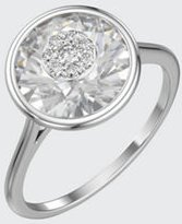 18k White Gold 10mm Round Ring w/ Diamonds, Size 6.5