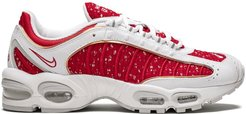 x Supreme Air Max Tailwind 4 sneakers - Red