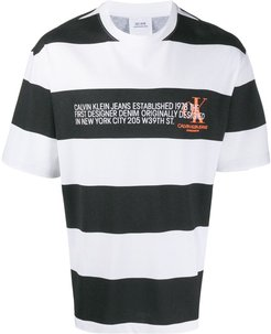 striped logo T-shirt - Black