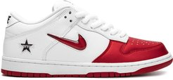 x Supreme SB Dunk Low sneakers - Red