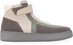 contrast-panel high-top trainers - Grey