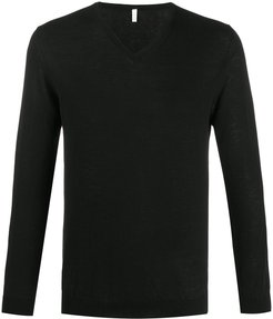 v-neck fitted jumper - Black
