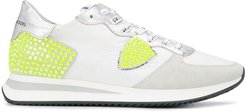 embellished low top sneakers - White