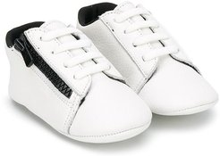 zipped low-top leather sneakers - White