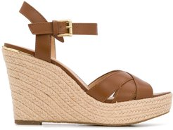 cross strap wedged sandals - Brown