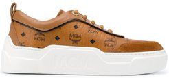 calf leather logo print trainers - Brown