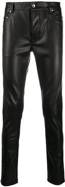 leather look slim-fit jeans - Black