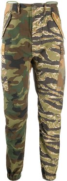 camouflage print skinny trousers - Brown