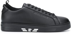 logo low-top sneakers - Black