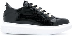 heart-patch chunky trainers - Black