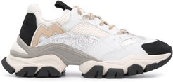 Leave No Trace sneakers - White