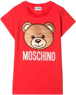 Red T-shirt With Toy Press