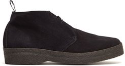 Chukka Boot in Black Suede