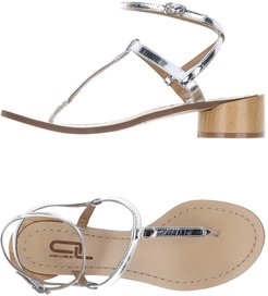 Toe strap sandals