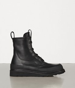Lace Up Boots - Bottega Veneta