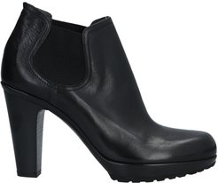 FRU. IT Ankle boots