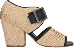 COLLECTION PRIVEE? Sandals