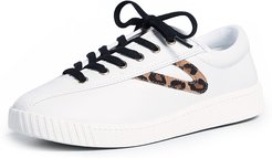 Nylite 25 Plus Lace Up Sneakers