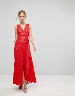Maxi Dress In Scallop Lace With Front Slit-Red