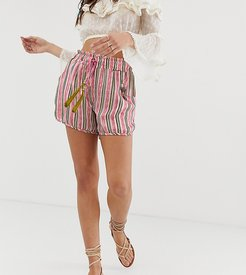 relaxed stripe shorts with contrast tassle two-piece-Pink