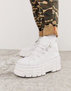 Dagger chunky hi-top sneakers in white
