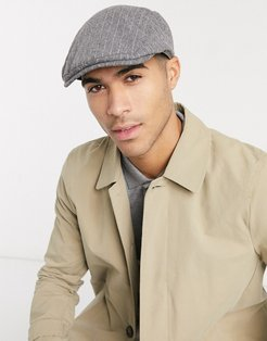 flat cap with pinstripe detail in gray