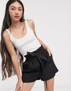 linen shorts with paperbag waist and belt-Black