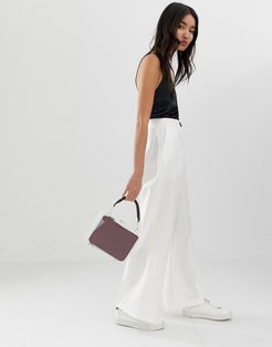linen wide leg pants with contrast button-White