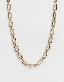 necklace with flat open links in gold tone