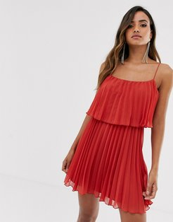 pleated crop top mini dress with scoop neck-Red