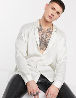 relaxed fit satin shirt in off white