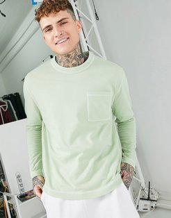 relaxed heavyweight long sleeve t-shirt with pocket and contrast stitching in green