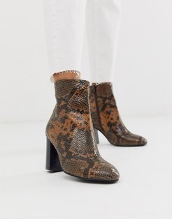 Rescue leather block heel boots in snake-Tan