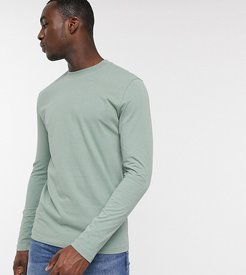 Tall long sleeve t-shirt with crew neck in green