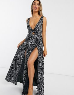 tie back beach maxi dress with twist front detail in black mono polka dot-Multi
