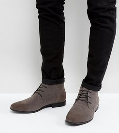 Wide Fit chukka boots in gray faux suede