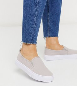 Wide Fit Dotty slip on plimsolls in gray