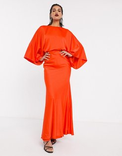 kimono sleeve maxi dress in satin-Red